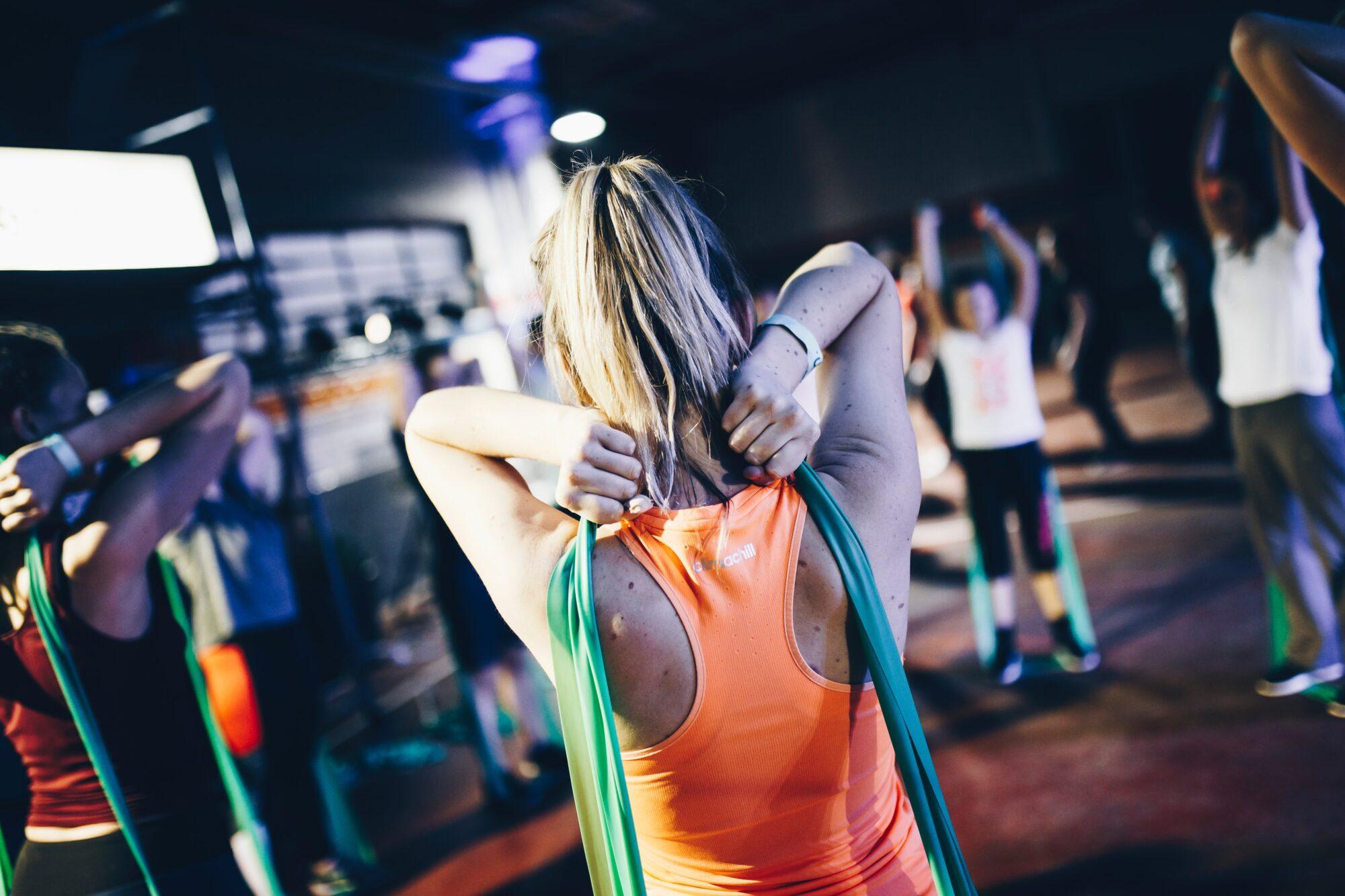 Kom i form med trænings elastikker